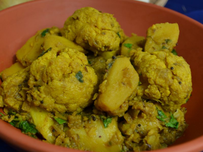 Cauliflower potato curry (small)