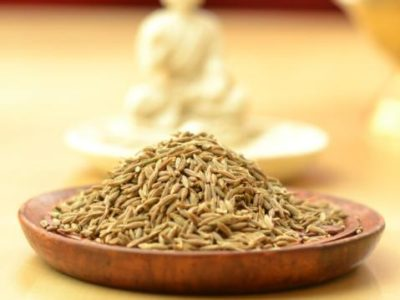 Organic whole cumin seeds